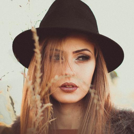 欧美美女写真 黑帽子 麦穗