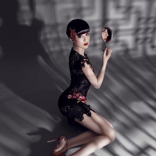 范冰冰 美女 女生 镜子