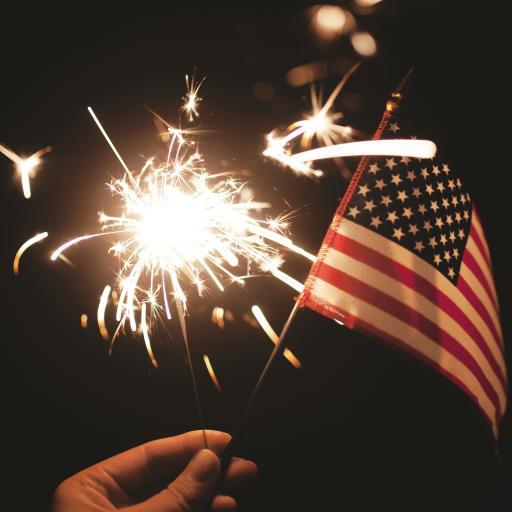 黑色背景 小烟花 燃烧 美国国旗