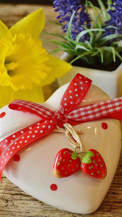 家居装饰品 心形陶瓷 小草莓