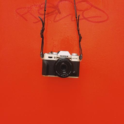 相机 拍摄 创意 悬挂