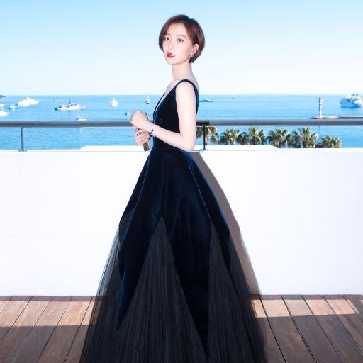 王珞丹 演员 歌手 明星 礼服
