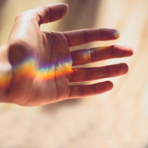 手控党 好看的手 光纤折射 手心彩虹