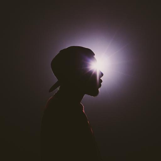 创意摄影 逆光拍摄 型男侧颜