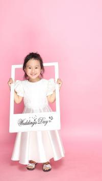 粉色背景 可爱小萌娃 女孩 创意摄影
