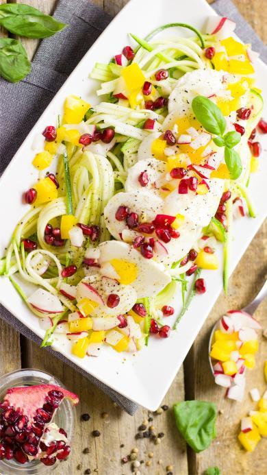 蔬菜 石榴 沙拉 色彩 健康  面条 低热量