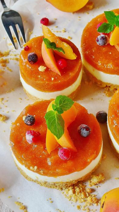 甜品 水果派 黄桃 小浆果