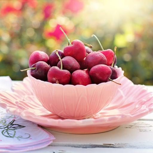 新鲜水果 樱桃 粉色盛器