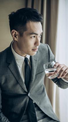 杨佑宁 演员 明星 艺人 西装