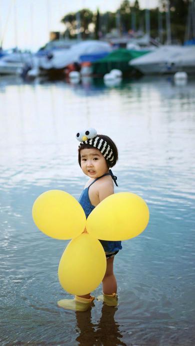 小蛮 小网红 小女孩 可爱 萌宝 气球