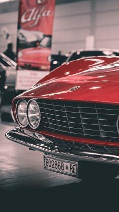 红色汽车 复古车型