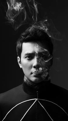 冯绍峰 演员 艺人 黑白