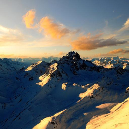 山峰 风景 景色 天空
