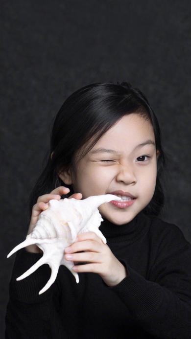 贾云馨 甜馨 可爱 小女孩 海螺