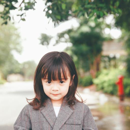 哈琳 女孩 室外 西服
