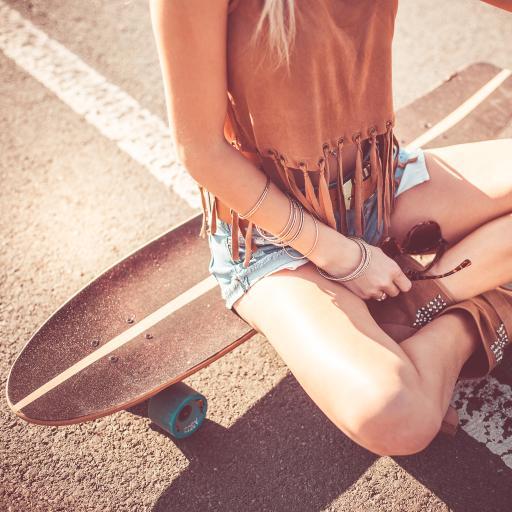 滑板 少女 运动 阳光