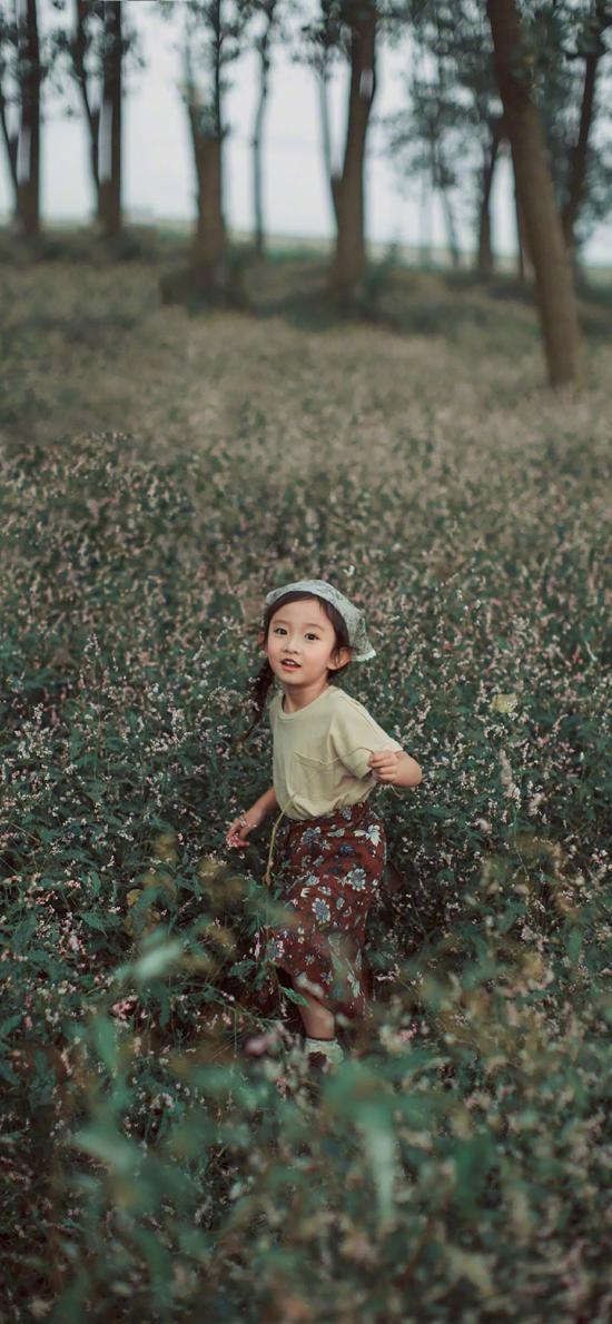 郊外 小女孩 儿童 可爱