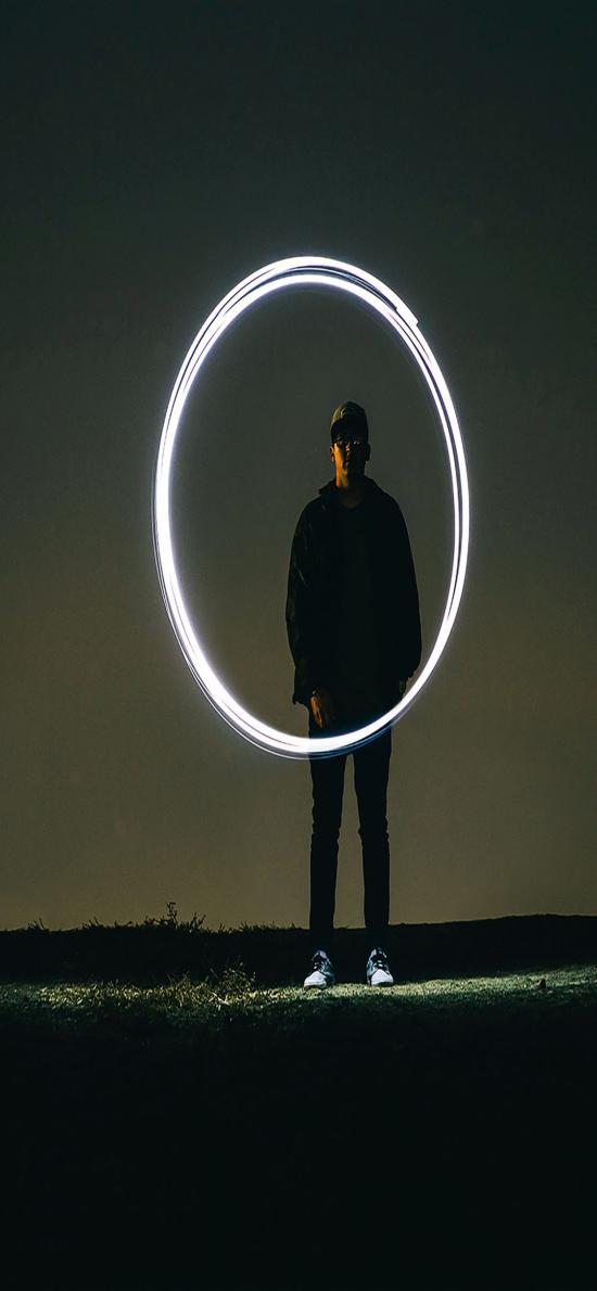 創意拍攝 月球 歐美型男