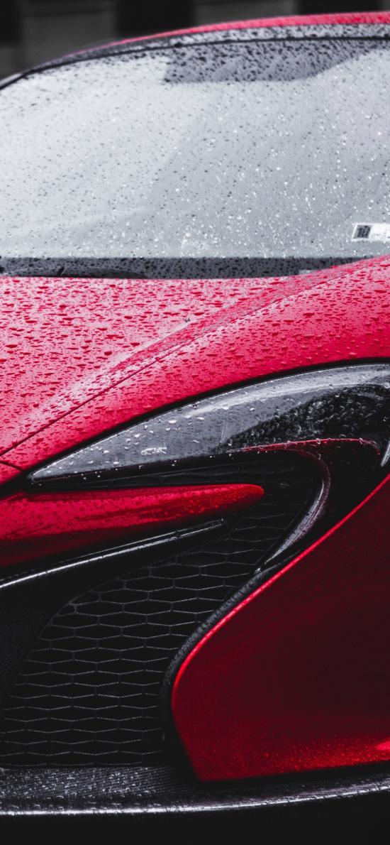 汽車 紅色 雨水 車頭