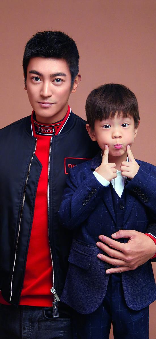 杜江 嗯哼 演员 男孩 可爱 明星 父子 合照