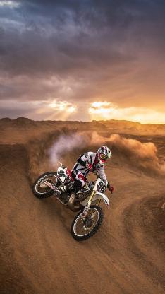 赛车 荒野 摩托车 夕阳