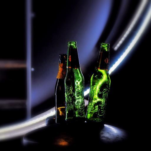 啤酒 瓶子 绿玻璃 装饰