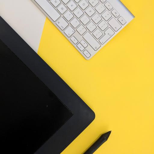 静物 键盘 手绘板 色彩