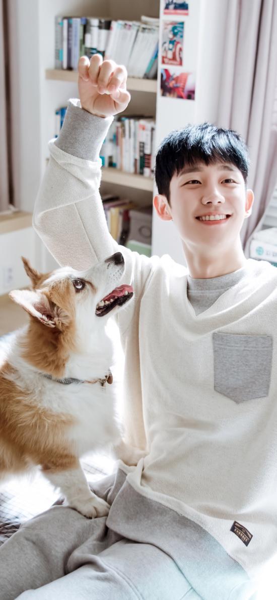 韩国男星 宠物狗 柯基犬 合照