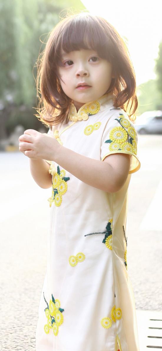 哈琳 萌娃 街拍 旗袍