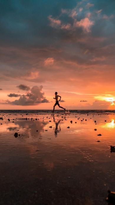 跑步 运动 水面 倒影 太阳