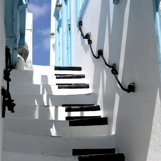 阶梯 黑白 简约 琴键