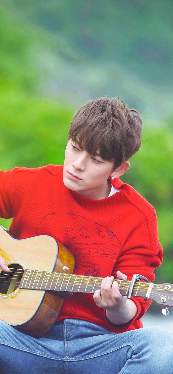 陈翔 歌手 明星 演员 亲爱的客栈 综艺 吉他
