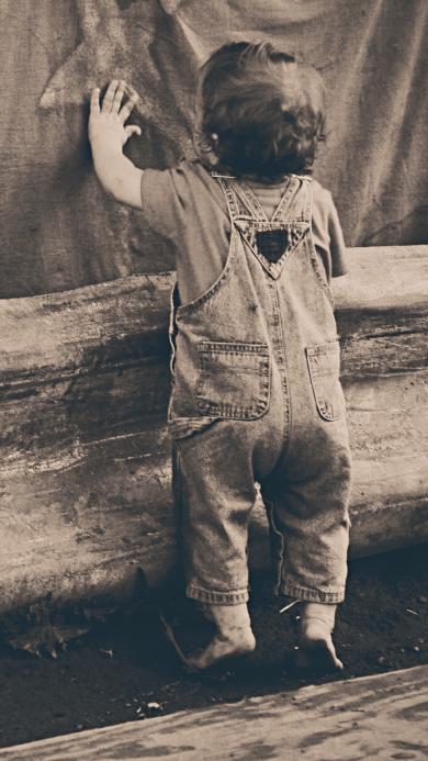 儿童背影 背带裤 怀旧滤镜