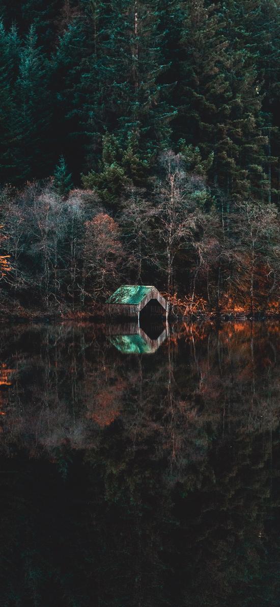 倒映 湖水 自然 景观
