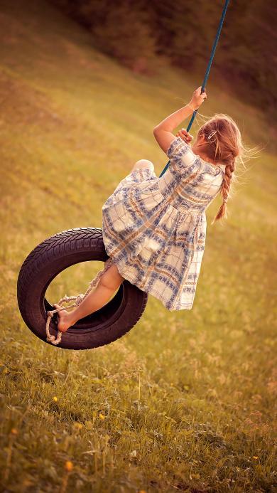 秋千 轮胎 小女孩 游玩 欧美