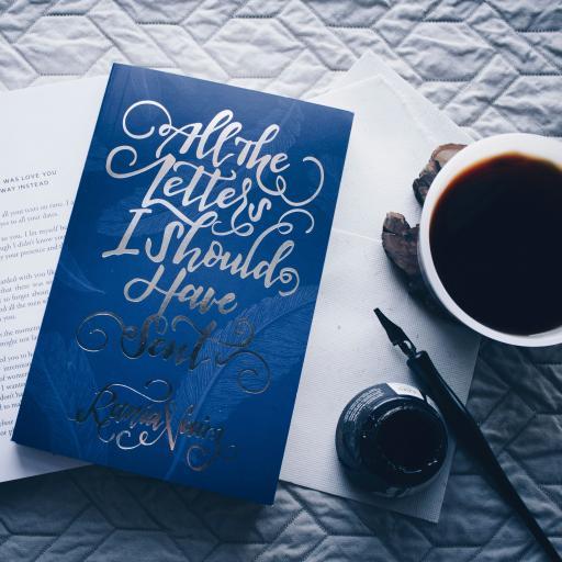 书本 钢笔 墨水 咖啡