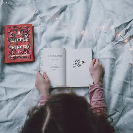 阅读 书本 小女孩 看书