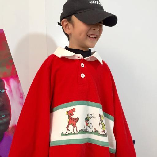 潮流小男孩 红色Polo衫 鸭舌帽