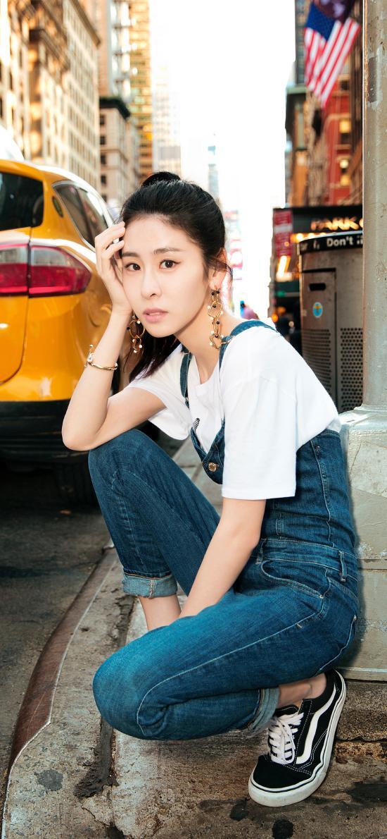 艺人 歌手 街拍 张碧晨