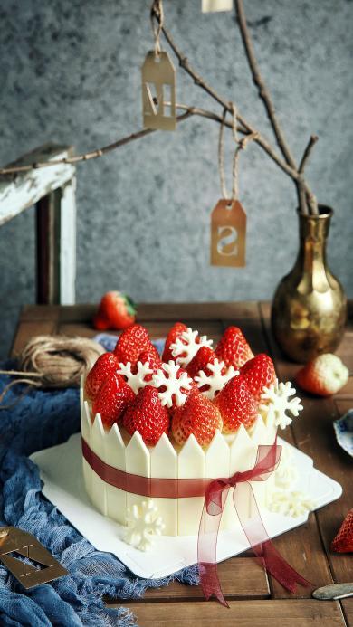 烘焙 甜品 草莓蛋糕 白巧克力