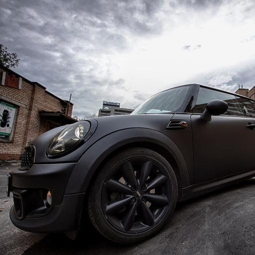 MINI 黑色 汽车  车头街道