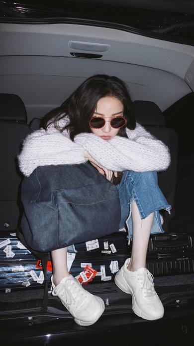 倪妮 车 墨镜 演员 明星 艺人