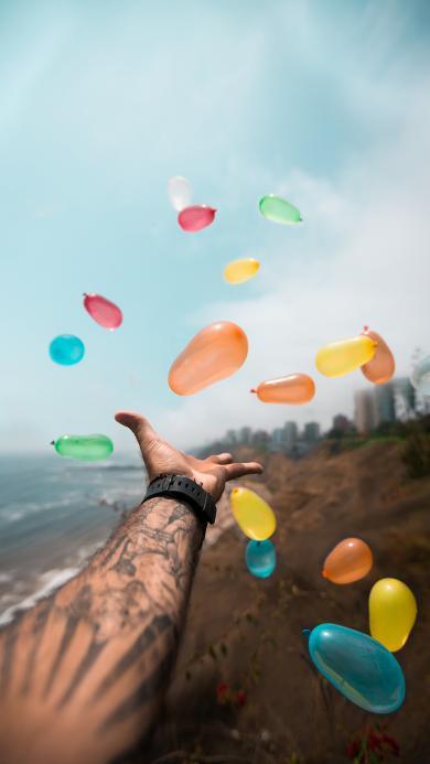 气球 趣味 高空坠物 色彩 手部