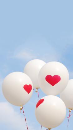 气球 爱心 蓝天 心形