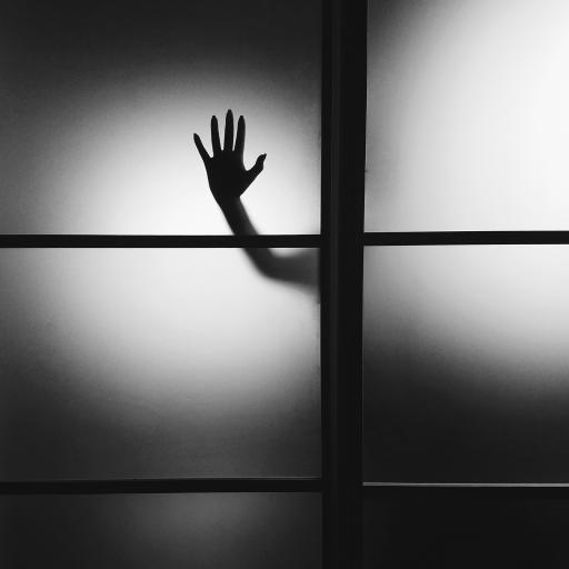 手影 黑白 玻璃 恐怖 惊悚