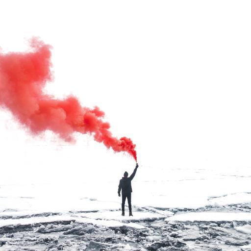 烟雾 背影 信号 红 狼烟