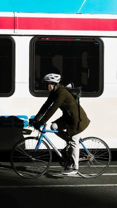 休闲运动 骑行 山地车