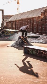 滑板 跳跃 休闲 阳光