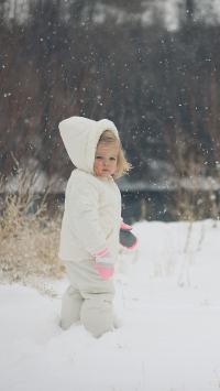 孩童 雪地 欧美 小孩