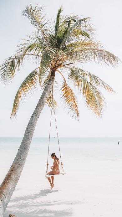 海边 椰树 秋千 女孩